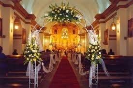 Organizamos Decoracion De Iglesias Y Salon De Eventos