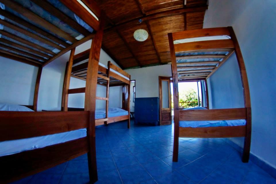 Isla grande dormitorio literas