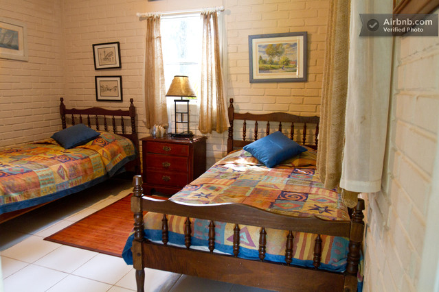 Isleta titi habitacion dos camas individuales
